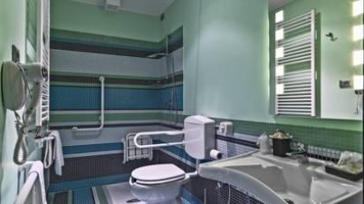 Salle de bains pmr, poitou charentes, brioux sur boutonne, chef boutonne, celles sur belle, charente